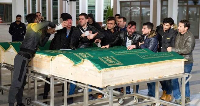Şırnak'taki kazada ölen 9 Iraklı Ankara'da toprağa verildi!