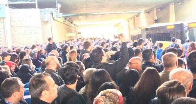Metrobüs kâbusu! Sosyal medyadan isyan ettiler