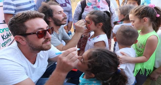 Kuşadası Belediyesi Yaz Sonu Çocuk Şenliği Başladı