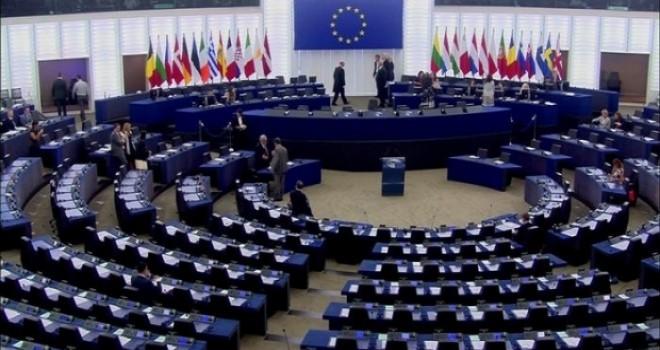 Avrupa Parlamentosu'nda Türkiye ile müzakerelerin askıya alınması çağrısı
