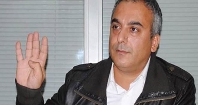 AKP'li Markar Esayan: Seçim sistemi zeminine zarar verirsek, bastığımız demokrasi zemini kayar