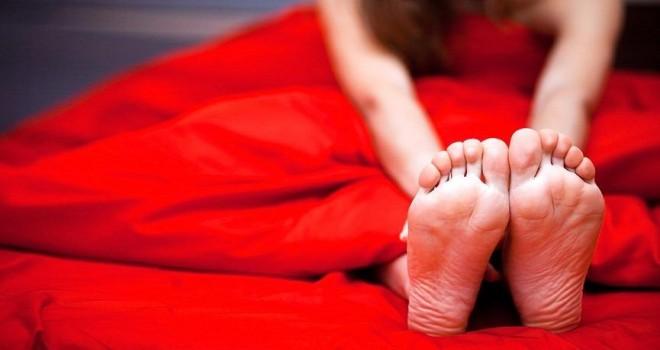 Huzursuz bacak sendromu nedir (RLS)?