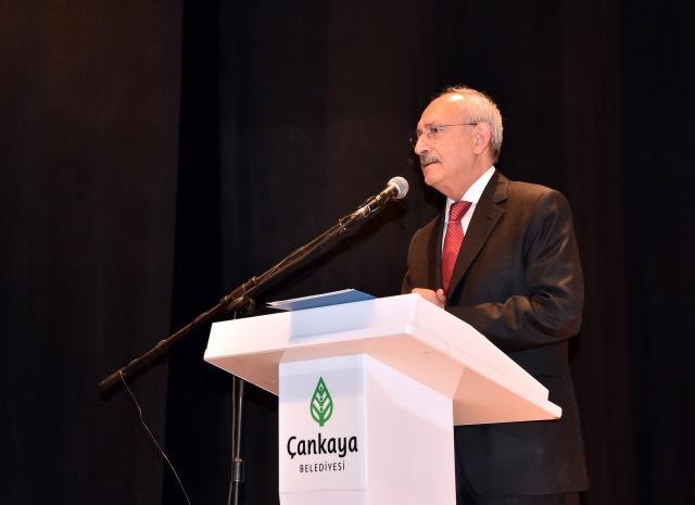 CHP Genel Başkanı Kemal Kılıçdaroğlu,Çağdaş Gazeteciler Derneği 2018 yılı Başarılı Gazeteciler Ödül Törenine katıldı.