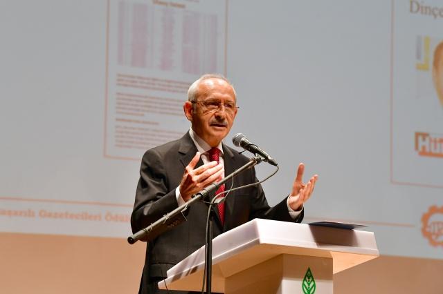 Kılıçdaroğlu ÇGD Ödül Törenine Katıldı
