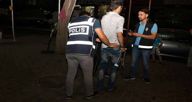 Yabancılara yönelik huzur uygulamasında, 351 kişi yakalandı
