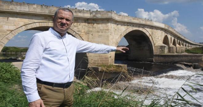 'Pasaportlara Uzunköprü diye, Meriç Köprüsü'nün resmi konulmuş'