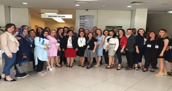 Tınaztepe'de hemşireler seminerde buluştu