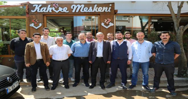 Açıkhava AVM isteyen esnaf, Gaziemir Belediye Başkanı Şenol'u Ağırladı