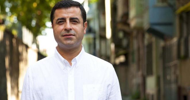 TRT, Selahattin Demirtaş'ın seçim konuşmasını çekti