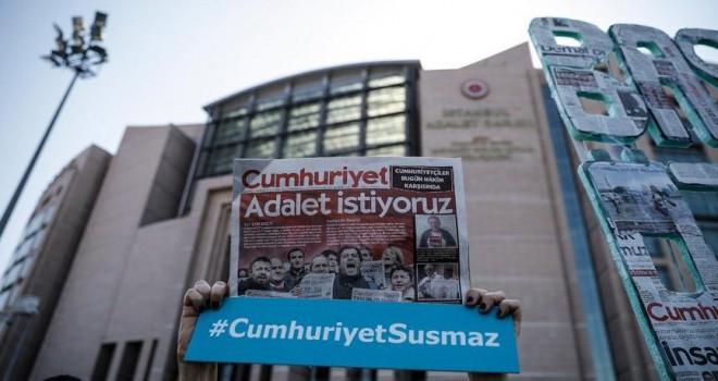 Cumhuriyet Gazetesi davasında karar! Yeniden ...