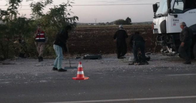 Yakıt tankeri, radar aracına çarptı: 1 polis yaralı