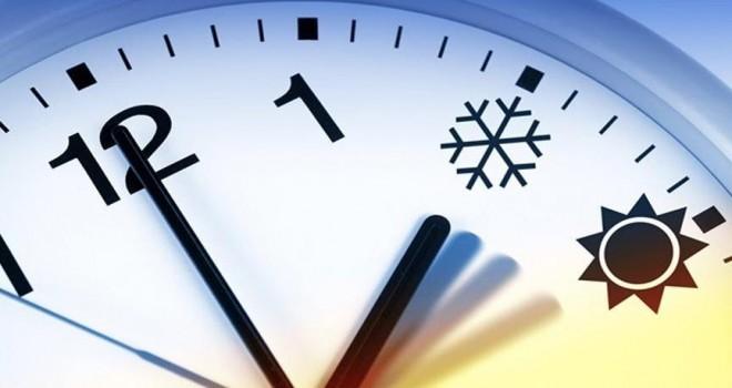Saat karmaşası bitmiyor! Şu an saat kaç? Saatler ileri alındı mı? Elektronik aletler şaşırdı…