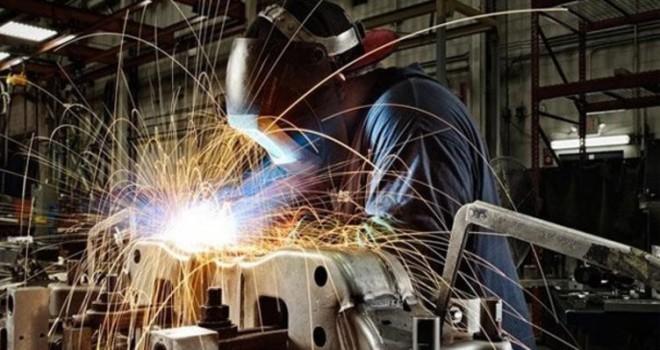 Sanayi üretimi yüzde 7,3 azaldı