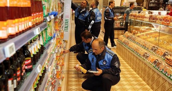 Bloomberg'den zabıtanın enflasyon canavarıyla mücadelesine 'nafile' yorumu
