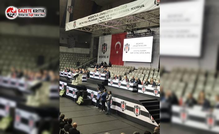 """Beşiktaş kongresinde """"Hak, hukuk, adalet"""" sloganları atıldı, BJK TV yayını kesti"""