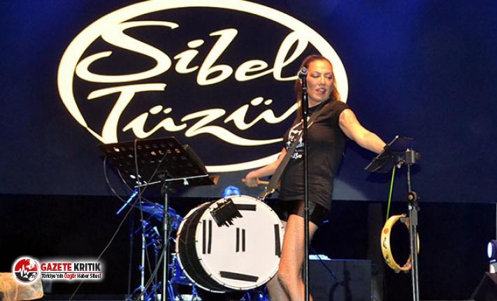 Sibel Tüzün'den davul şov