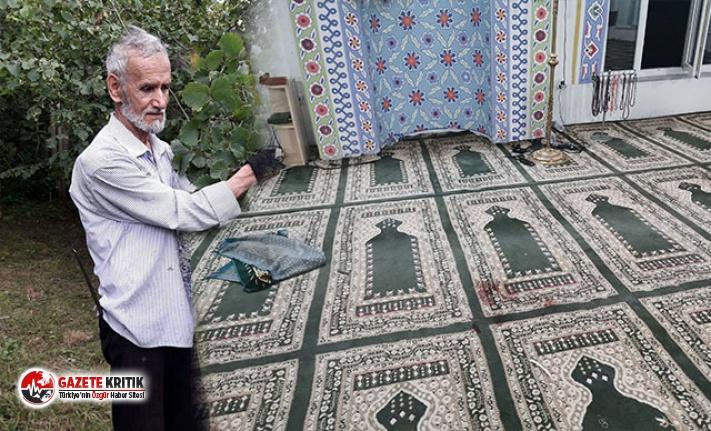 Camide öldürdüğü kardeşi, namazda arkasında saf tutmuş