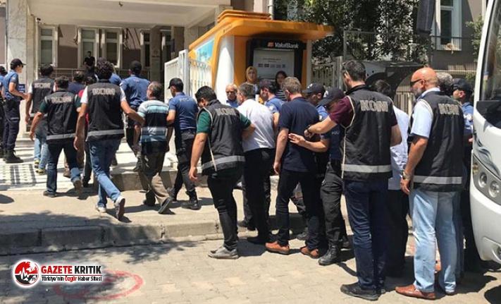 Manisa'da FETÖ'ye 10 tutuklama