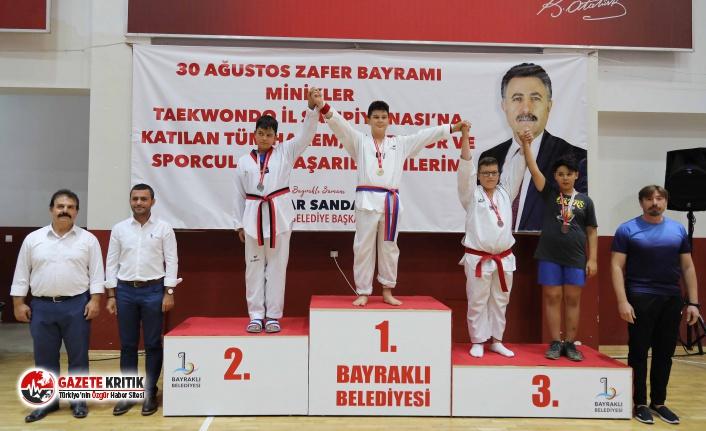 BAYRAKLI'DA TEKVANDO ŞÖLENİ