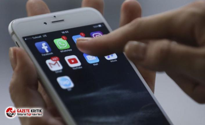 """Cep telefonları tendon sıkışmasına yol açıyor: """"Cerrahi müdahaleye kadar gidebilir"""""""