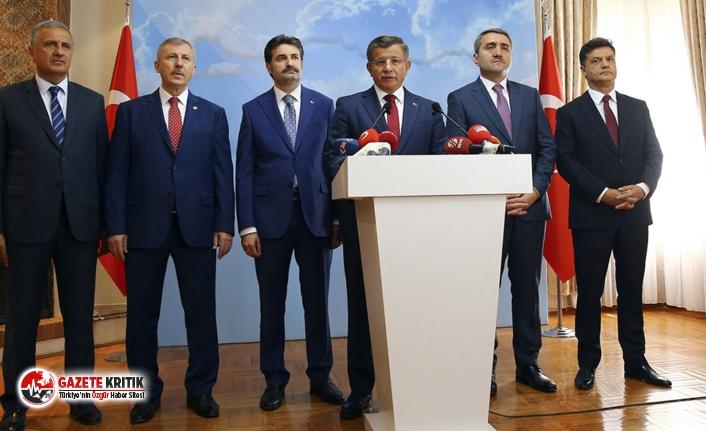 """""""Davutoğlu hiçbir şansı olmadığını görecek kadar zeki; dün itibarıyla tarihe karıştı"""""""