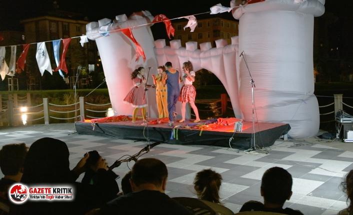 """""""Maltepe Tiyatro Festivali""""nde 6 oyun birden sahnelendi"""