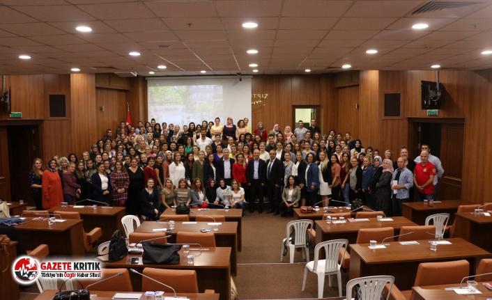 Kartal Belediyesi'nden Kreş Öğretmenlerine Afet Bilinçlendirme Eğitimi