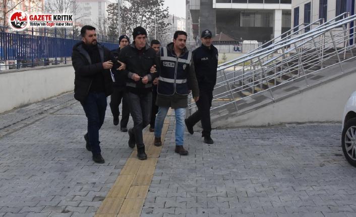 Öğretmeni Taciz Eden Sapık Tutuklandı