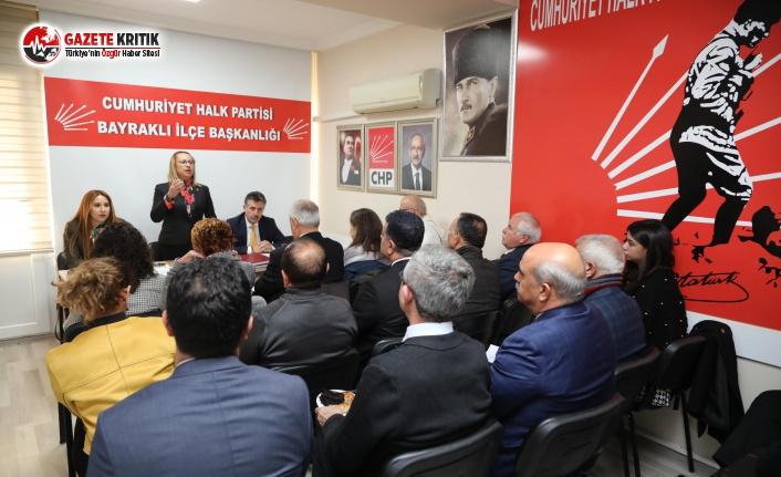 Bayraklı'da bir ilk: CHP Grubu, ilçe binasında toplandı