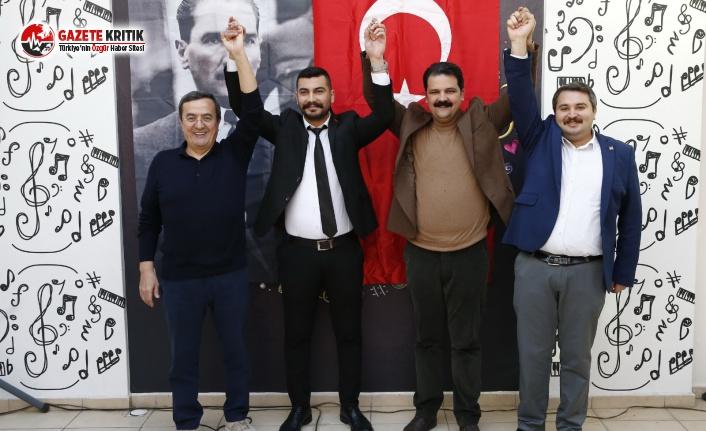 CHP Konak Gençlerinden Dayanışma ve Veda Kahvaltısı