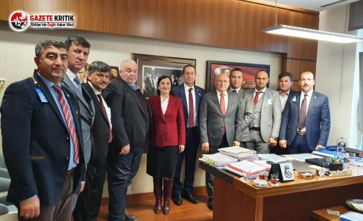 CHP'Lİ MİLLETVEKİLLERİ ZİRAAT ODALARI BAŞKANLARINI MECLİS'TE AĞIRLADI