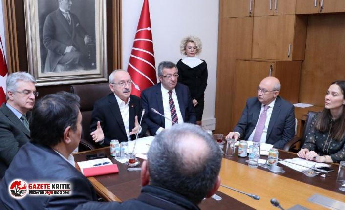 Kombassan Holding mağdurlarıyla görüşen Kılıçdaroğlu: 3 tane müteahhit batmasın diye dünyanın parasını verdiler