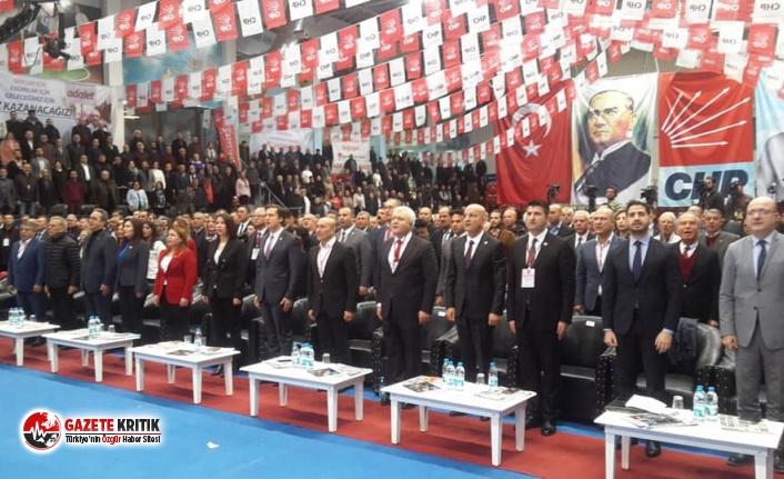 CHP İZMİR'DE TEK ADAYLI SEÇİM: DENİZ YÜCEL, YENİDEN İL BAŞKANI SEÇİLECEK