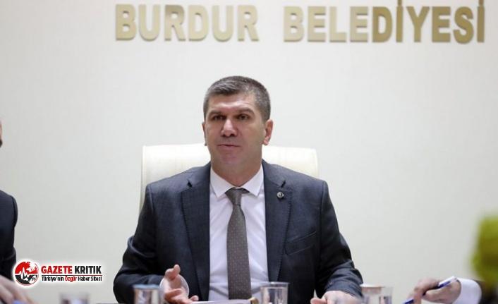Burdur Belediye Başkanı Ali Orkun Ercengiz halka Kovid-19 tehlikesi hakkında bilgi verdi