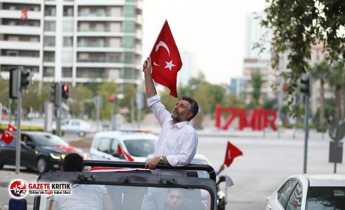 Bayraklı'da 19 Mayıs coşkusu evlere sığmadı