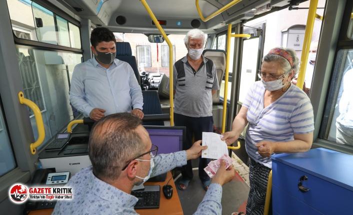 Belediye 65 yaş üstü vatandaşların ayağına geldi