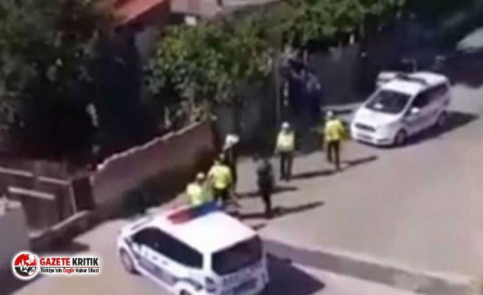 Evinin bahçesinde oturan vatandaşlara 'Şerefsizler içeri girsenize' diyen polisler görevden alındı