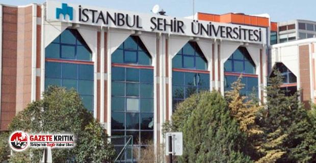 Şehir Üniversitesi'nin açıkta kalan öğrencileri kapatma kararına karşı toplanıyor