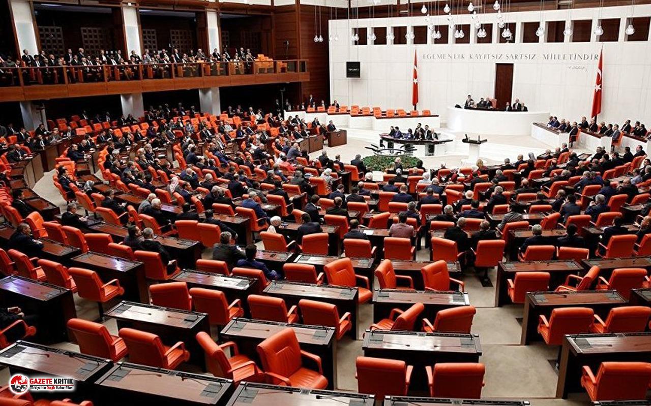 Meclis, 'sosyal medyaya müdahale'nin görüşülmesinden sonra tatile girecek