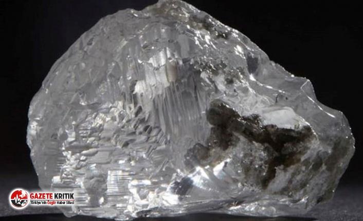 102,39 karat büyüklüğündeki elmas Hong Kong'da satışa çıkmaya hazır