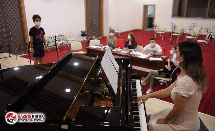 Konyaaltı Belediyesi Müzik Akademisi hazır