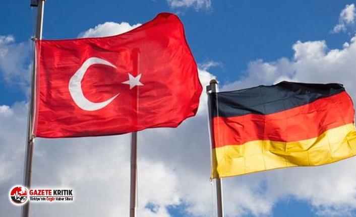 Almanya, Türkiye'ye seyahat uyarısını kaldırdı