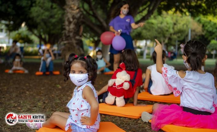 Mersin Büyükşehir 'Dünya Kız Çocukları Günü'nde Çocukları Eğlendirdi