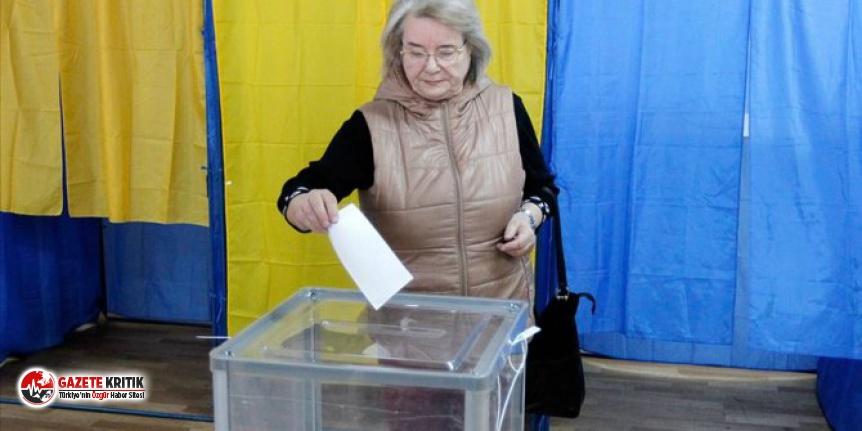 Ukraynalılar yerel seçim için sandık başında!