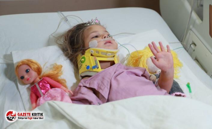 91 saat sonra kurtarılan  4 yaşındaki Ayda Gezgin'den hastanede ilk görüntü