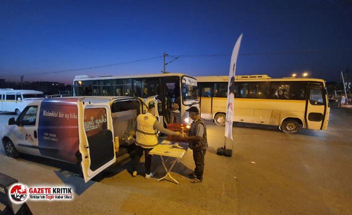 Sabah 05:00'te tarım işçilerine: '1 ekmek 1 çorba'