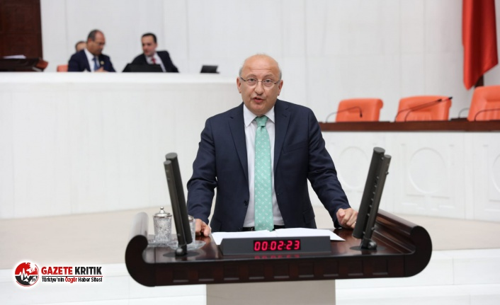 """Utku Çakırözer'den Bakan Selçuk'a: """"Devletin emanetindeki yaşlıları koruyamadınız"""""""