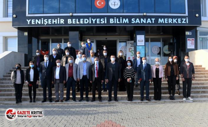 Yenişehir'deki okullarda 1000 zeytin fidanı toprakla buluştu