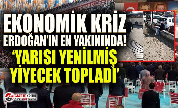 AKP İzmir Kongresi'nde bir yurttaş yarısı yenmiş yiyecekleri topladı!