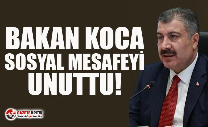 Fahrettin Koca, 'sosyal mesafe' kuralına uymadı! Fotoğrafları sosyal medyayı ayağa kaldırdı